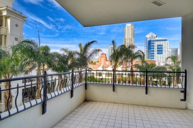 Marina District Park Place Condo for Sale